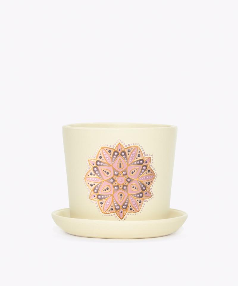 Ręcznie zdobiona kremowa doniczka z mandalą