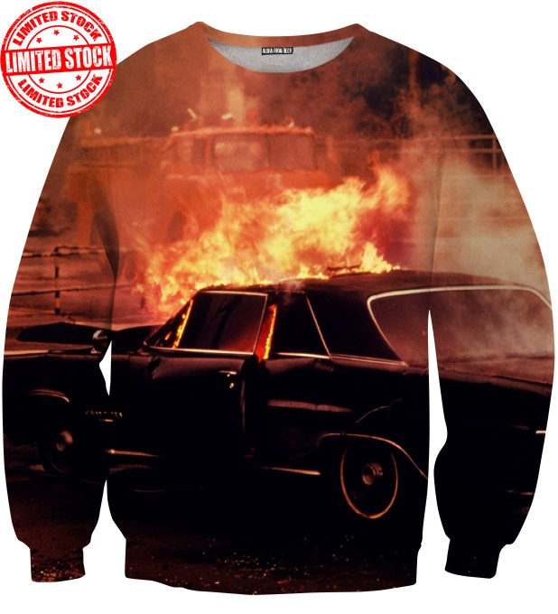 BLAZING SWEATER Thumbnail 1