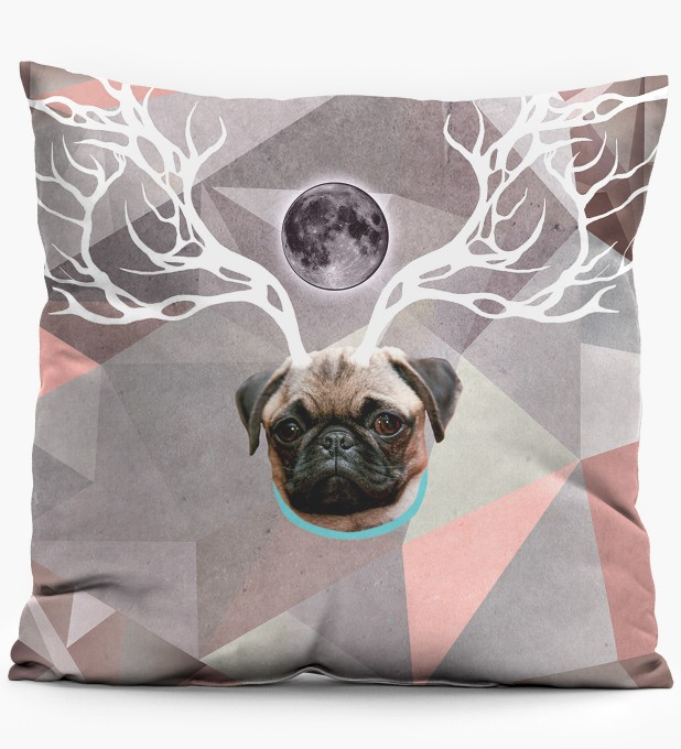 Raindeer pillow Thumbnail 1