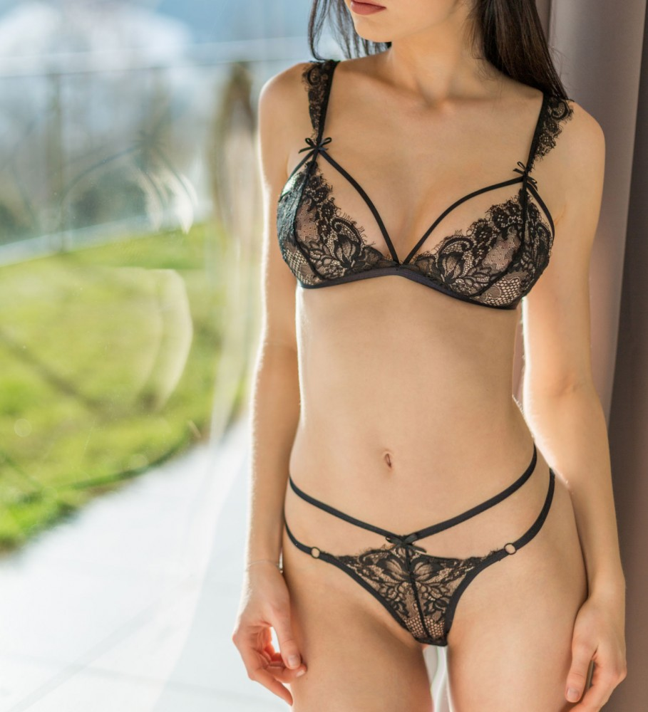 Rum & Coco, Angelica Lacey Bralette  Image $i