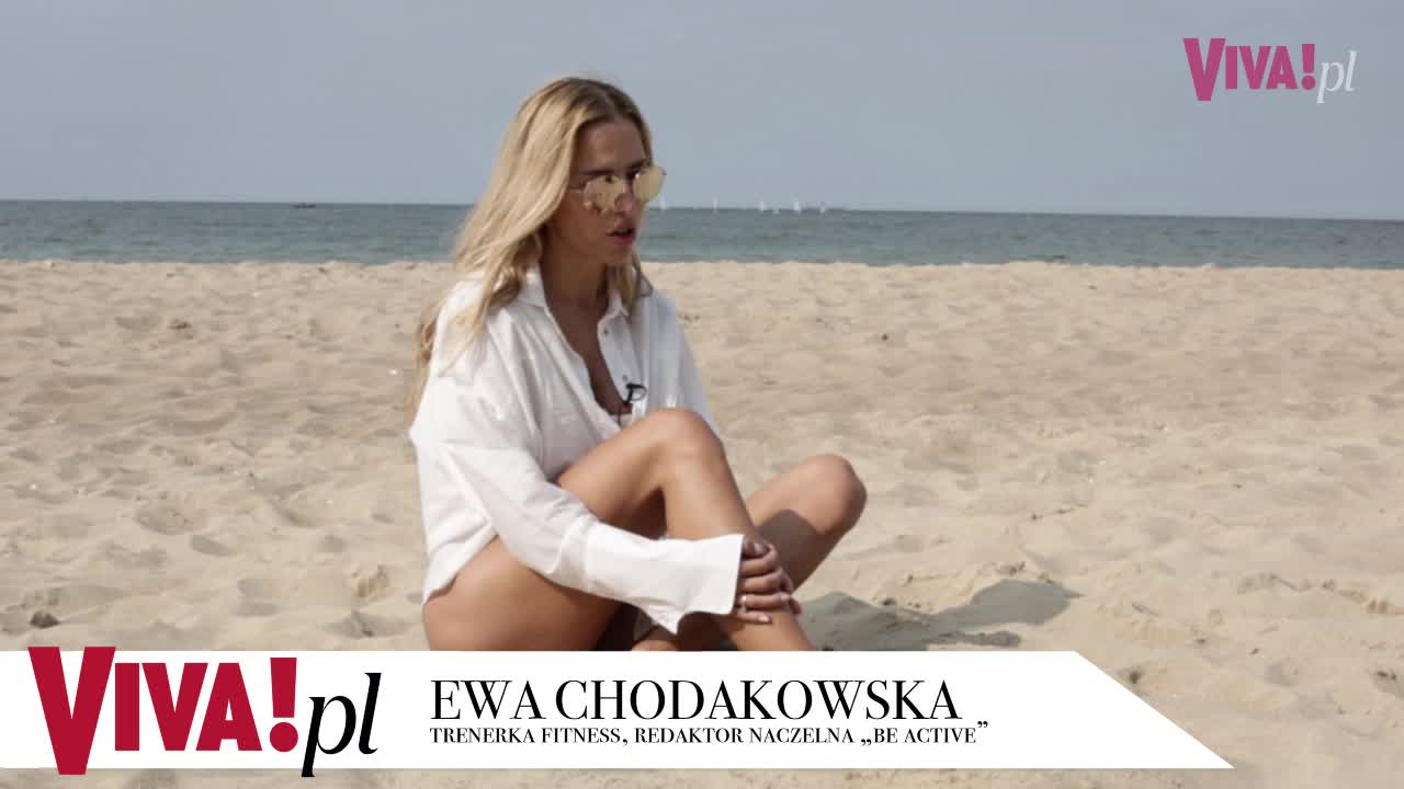 Ewa Chodakowska w sukience midi Wizaz.pl